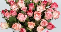 Выиграй букет роз к Дню Матери.