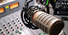 """Открыта вакансия """"Ведущий прямого эфир"""" на радио"""